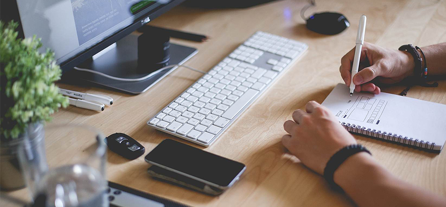 What to consider hiring a web designer